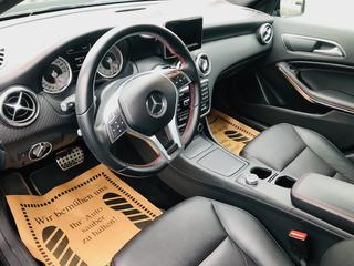 Mercedes-Benz Mercedes-Benz 2012