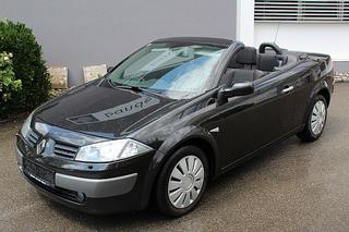 Renault Renault 2004