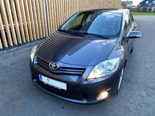 Toyota Toyota 2010