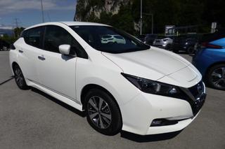 Nissan Nissan